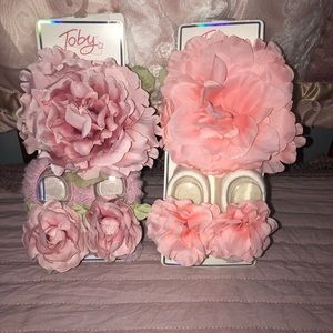 Other - 2 Brand new flower headband and bootie sets